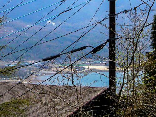 土地420.58(127.22)/原野/所有権/芙蓉台別荘地、山中湖を望む高台